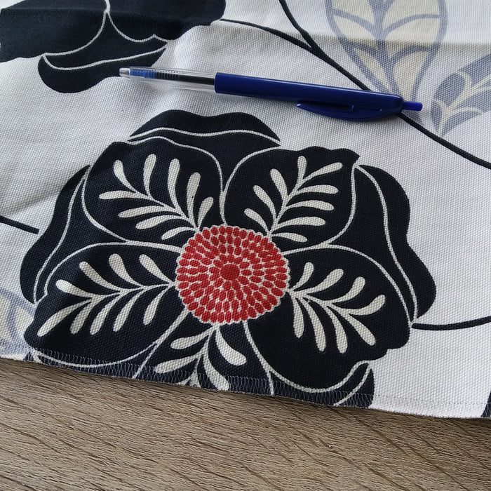 Craft Fabric Piece - Flower Pattern Printed Polycotton