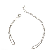 Load image into Gallery viewer, Chain bracelet with one Klic Glazed S in Silver
