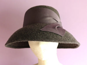 "Wide Curved Brim Felt Hat ""Cecil Gray"""