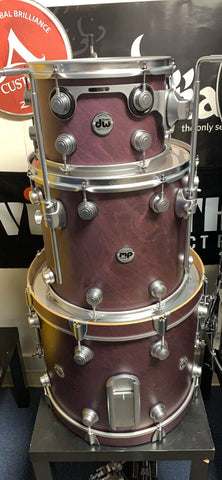 Dw collector usa VLT 3 pc drum set USA used - excellent