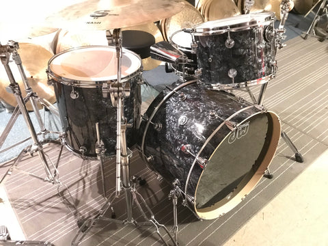 Dw USA made Drum Set Performance Series BLACK DIAMOND