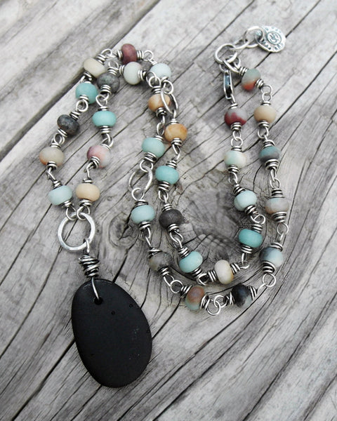 Black Beach Stone Necklace. Wire Wrapped Beaded Gemstone Necklace. 12918
