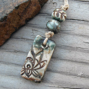 Bead Set 10 Lotus Pendant Rustic Matte Blue