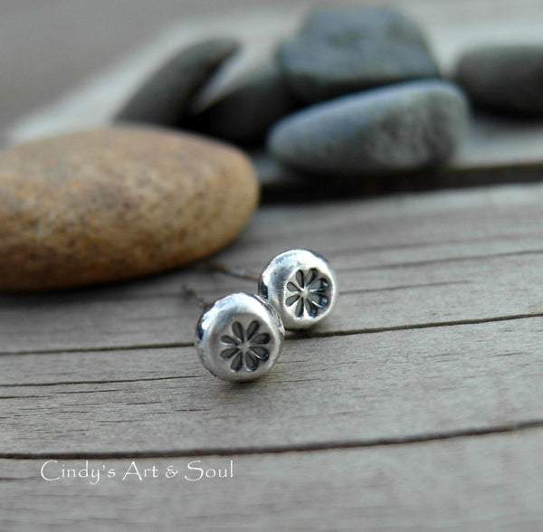 Silver Nugget Post Earrings Tiny Flower Post Earrings Silver Stud 72386