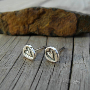 Rustic Heart Post Earrings. Pure Silver Post Stud Earrings. Minimalist Jewelry. 61493