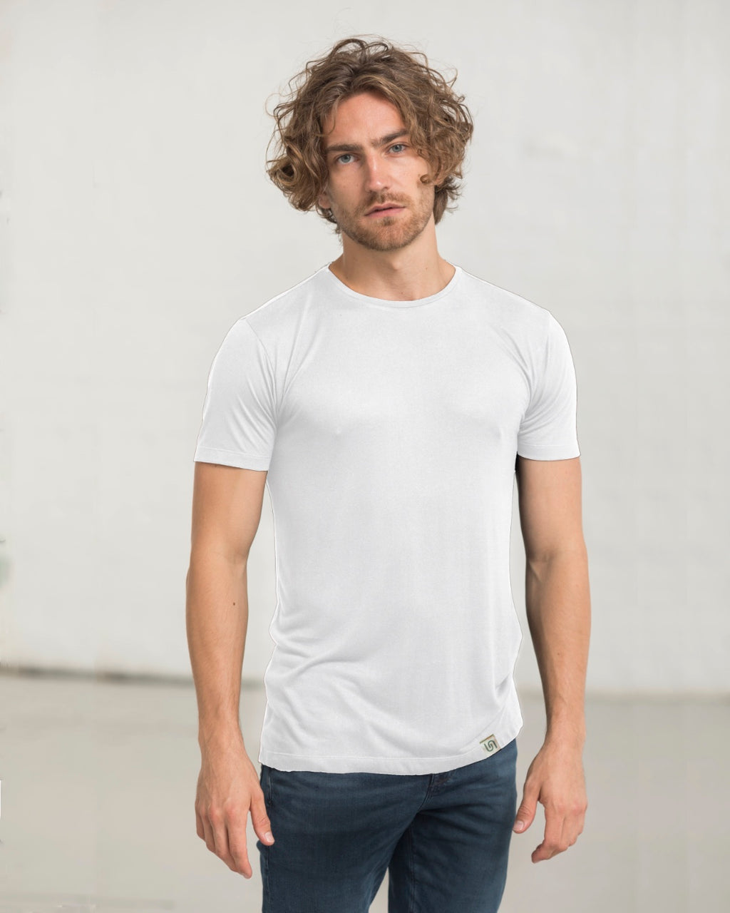 The Tree Shirt short sleeve, sustainable, vegan and plastic free t-shirt - colour: white