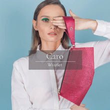 Load image into Gallery viewer, Caro Wristlet