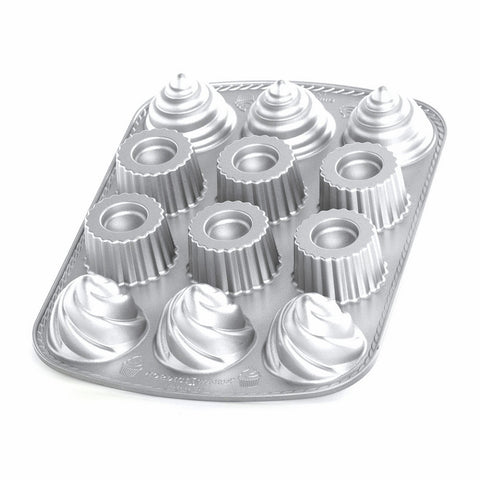 Nordic Ware Pro Cast Filled Cupcakes Pan