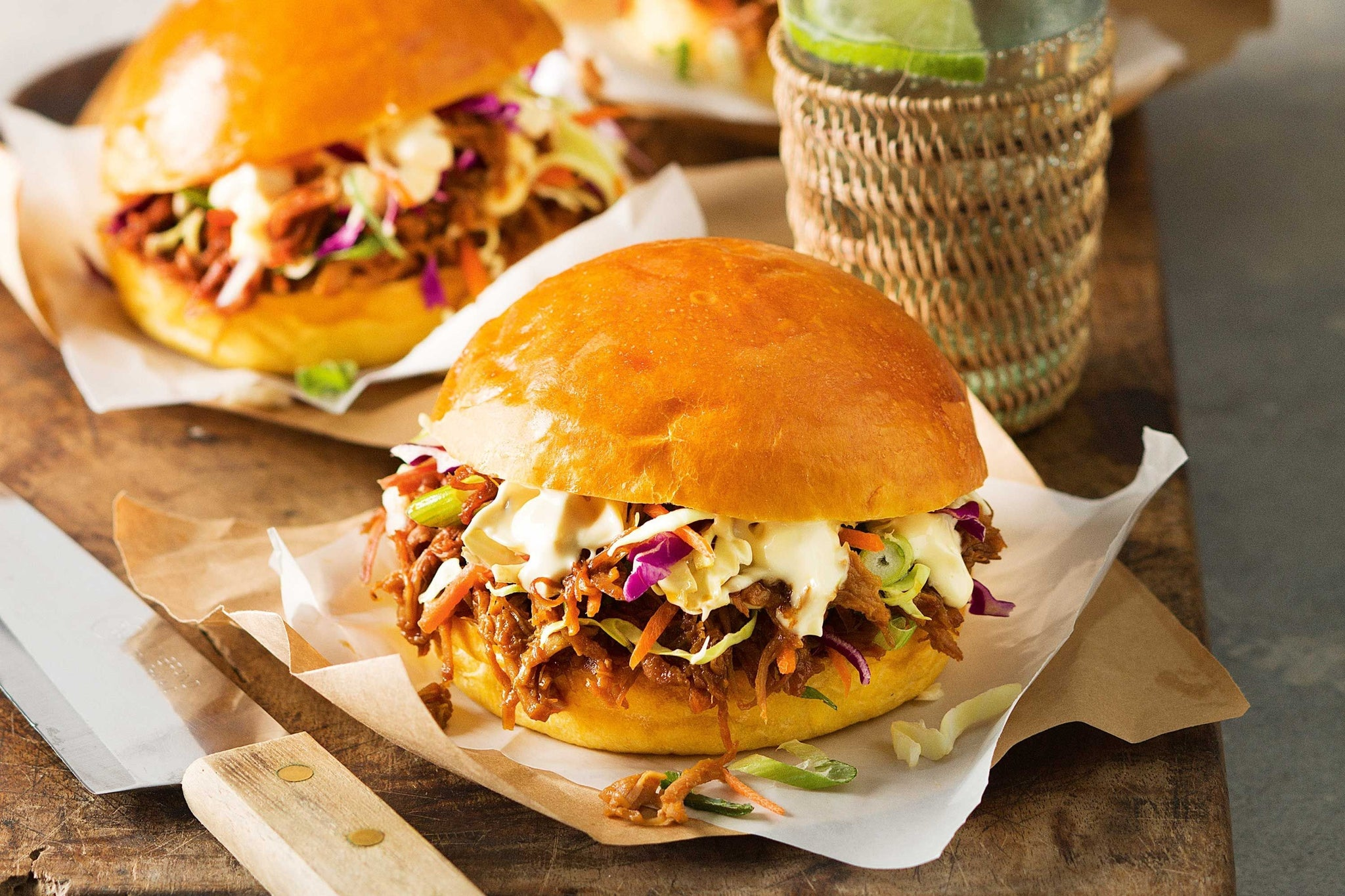 Hawaian-Style Pulled Pork Burger