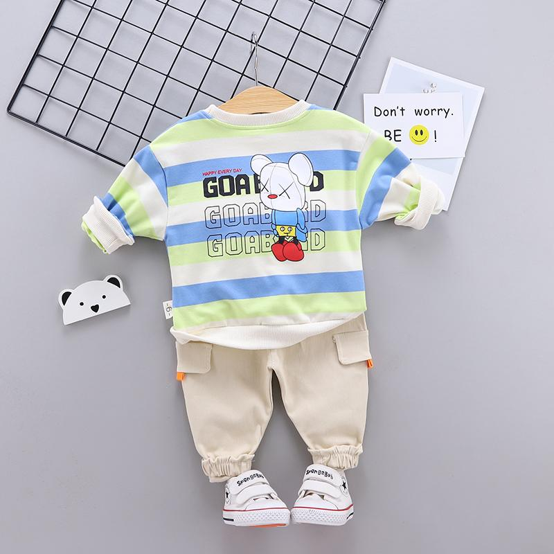 2-piece Bear Pattern Sweatshirts & Pants for Toddler Boy Wholesale children's clothing