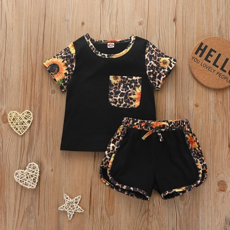 Children Boy 2pcs Color-block Pattern Summer Suit T-Shirt & Shorts - PrettyKid