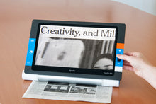 "Load image into Gallery viewer, Traveller HD 13.3"" portable magnifier"