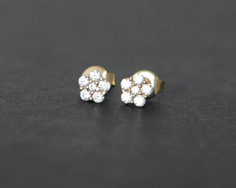 Gold stone set flower stud earrings