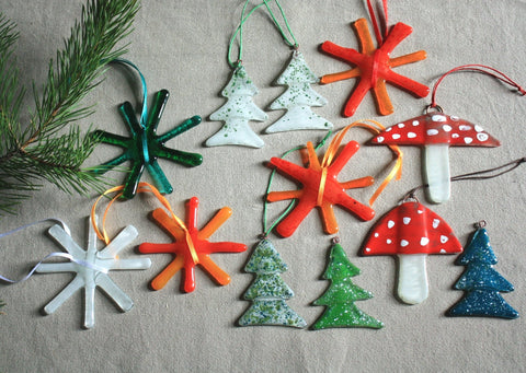 Set of 12 Ornaments in Orange, Green and White