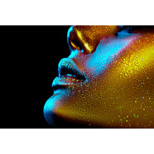 Lade das Bild in den Galerie-Viewer, Leinwandbild Golden Beauty Querformat