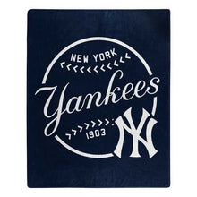 Load image into Gallery viewer, New York Yankees Blanket 50x60 Raschel Moonshot Design