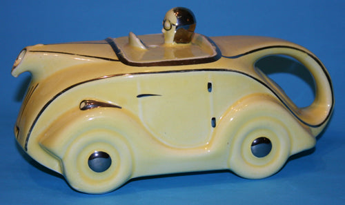 Sadler Racing Car teapot OKT 42