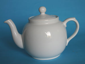 Standard 6 cup white earthenware teapot