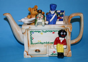 Toy Box large size with Golliwog