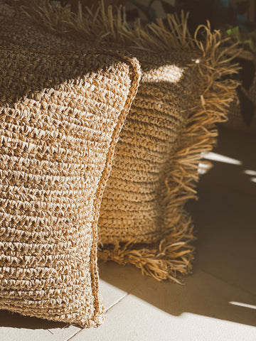ISLAND RAFFIA CUSHION COVER