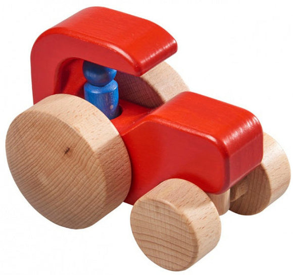 a photo of the product: Nic tractor jongens 15 x 10 cm hout rood/blank