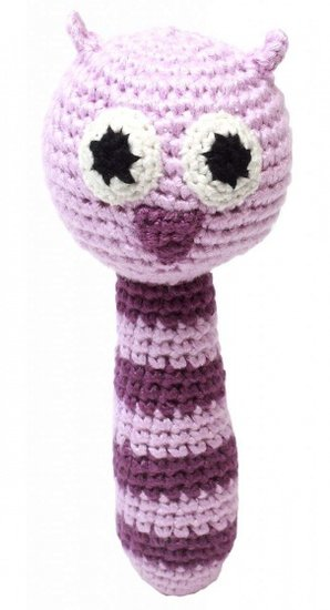 a photo of the product: natureZOO rammelaar uil gehaakt 14 cm roze/paars
