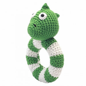 a photo of the product: natureZOO ringrammelaar dino gehaakt 14 cm groen