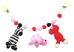 a photo of the product: natureZOO kinderwagenspanner (nijlpaard, schildpad, zebra) gehaakt 40 cm multicolor