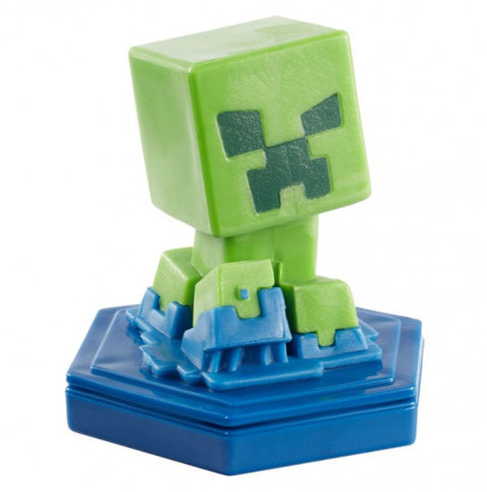 a photo of the product: Mattel speelfiguur Minecraft Earth Boost junior 5 cm groen/blauw