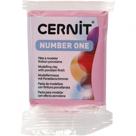 a photo of the product: Cernit modelleerklei 56 gram fuchsia (922)
