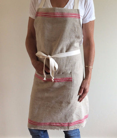 APRON - RECLAIMED VINTAGE LINEN WITH STRIPE - Portico Indoor & Outdoor Living Inc.