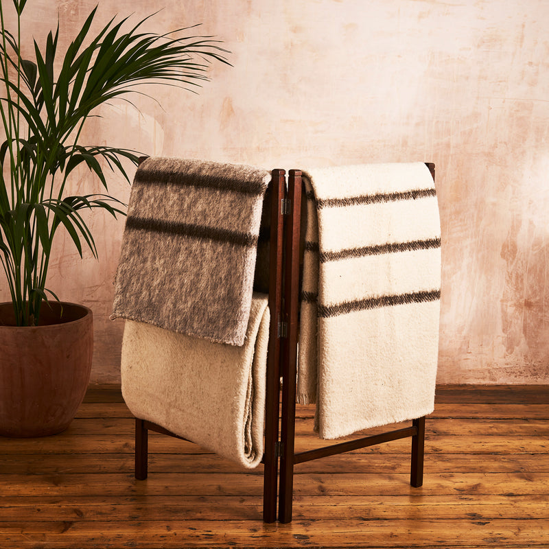 Duitama Woollen Blanket - The Colombia Collective