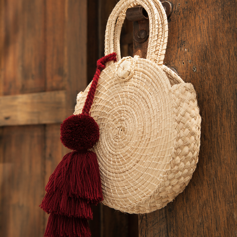 Laurita Woven Clutch Bag - The Colombia Collective