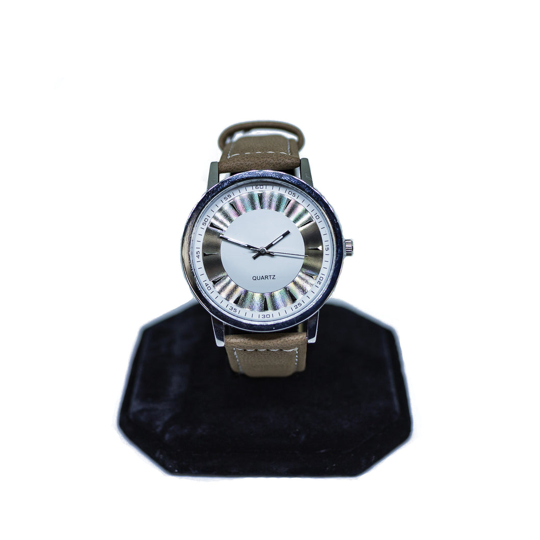 Fashion Quartz Watch in Brown