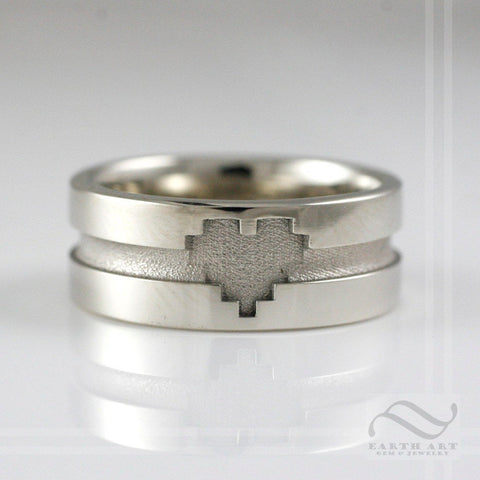 Pixelated Love - A 14k gold heart wedding band
