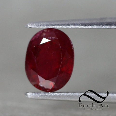 1.81 ct Natural Ruby - Loose red Oval 8x6