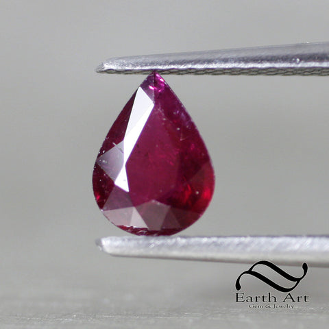 0.95 ct Natural Ruby - Loose red pear 8x6
