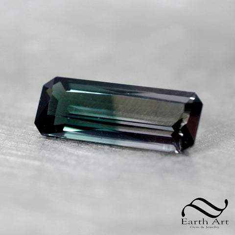 6.85 ct long bi colored tourmaline - Natural gemstone