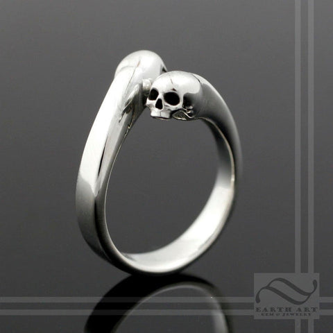 Skulls - Adjustable Sterling Silver Bypass ring - Gothic skull design open ring