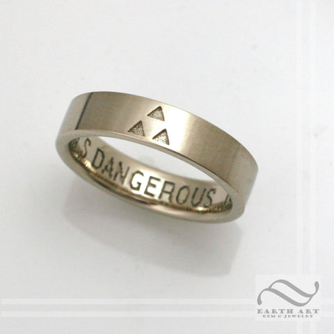 14k It's Dangerous to Go Alone -5mm wide Triforce Wedding Band