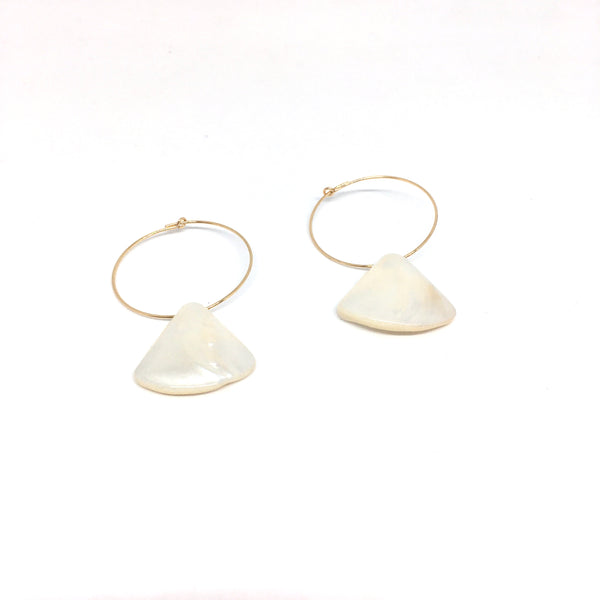 Mini pearl pastille earrings