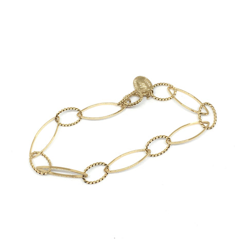 Golden elongated chain bracelet
