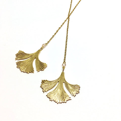 Ginkgo tie long necklace