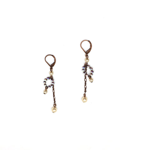 Long dew pearl earrings