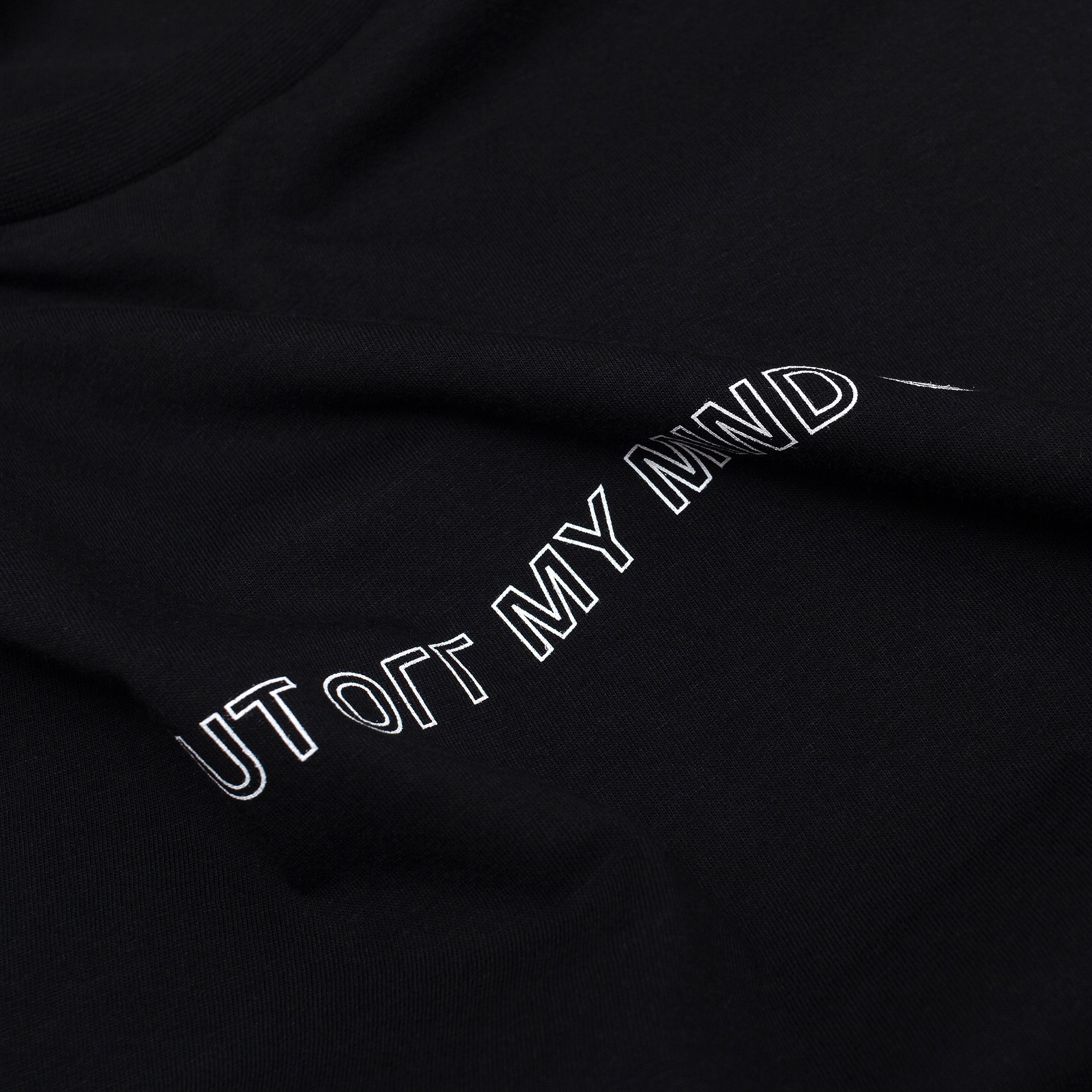 WAVE TEE BLACK - outoffmymind