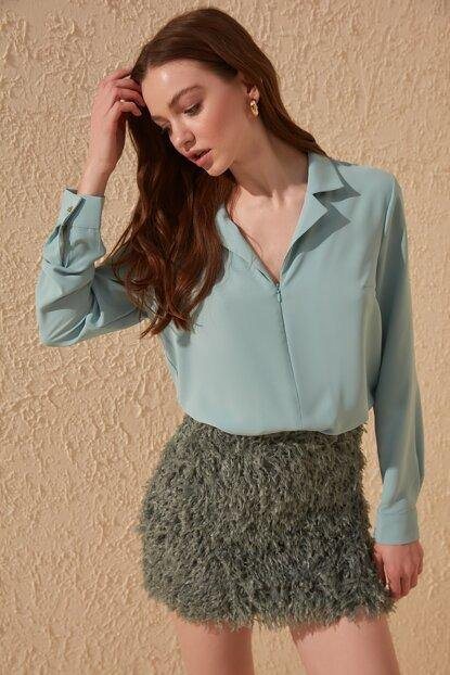 Women's Zipped Mint Green Blouse - Colorful Wings