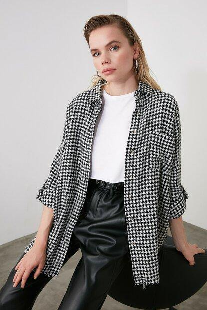 Women's Houndstooth Pattern Shirt - Colorful Wings