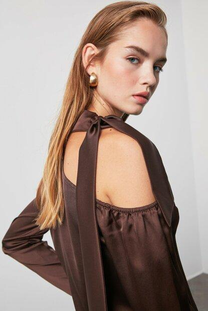 Women's Shoulder Detail Brown Blouse - Colorful Wings