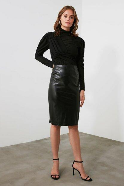 Women's Black Artificial Leather Short Skirt - Colorful Wings