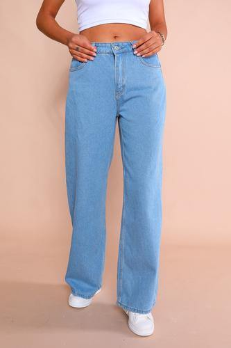 Women's Blue Straight Leg Mom Jeans - Colorful Wings